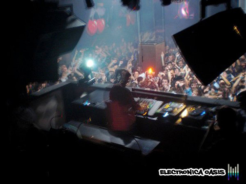 Avicii behind the stage at pachanyc Avicii Live @ Pacha NYC 10.22.10 (Reviews, Videos, Pictures)