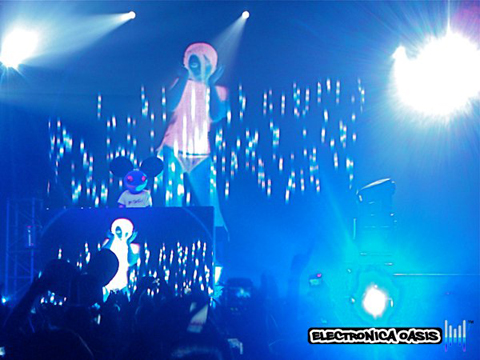 deadmau53 Deadmau5 'Unhooked' @ Roseland Ballroom 10.30.10 (Review, Videos, Pictures & Tracklistings)