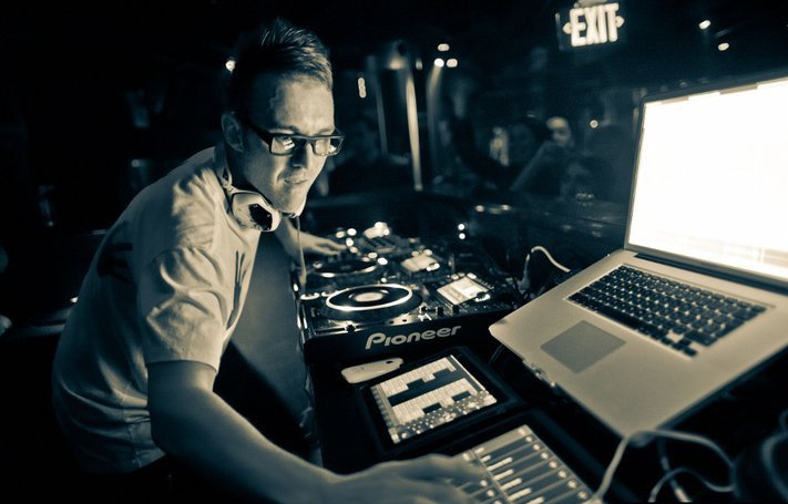 DJ MIX Funkagenda @ 7th Sunday Festival 12.06.20112 DJ MIX: Funkagenda @ 7th Sunday Festival 12.06.2011