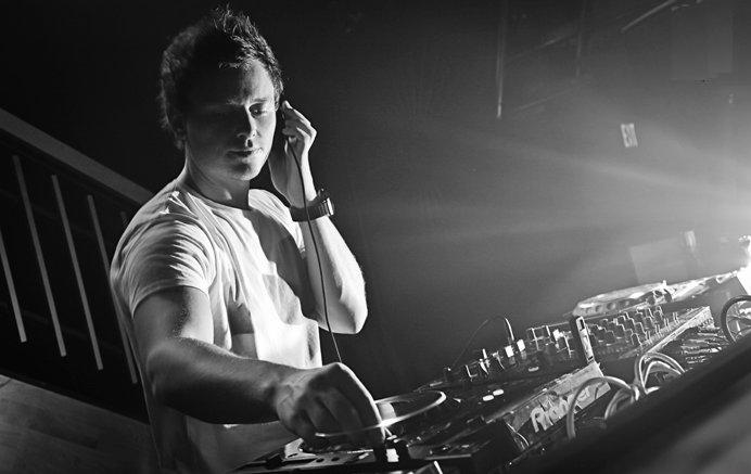 DJ MIX Fedde Le Grand Dark Light Sessions 001 DJ MIX: Fedde Le Grand   Dark Light Sessions 001