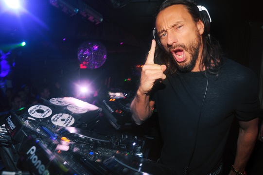 Bob REVIEW: Bob Sinclar Funkifies Lavo