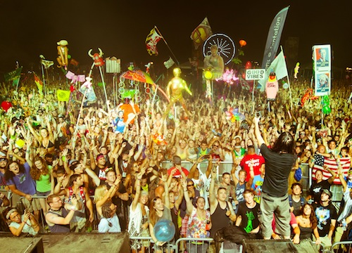 bn familyphoto campbisco 20110714 davevann 1 NEWS: Bassnectar Announces Fall 2012 Tour Dates