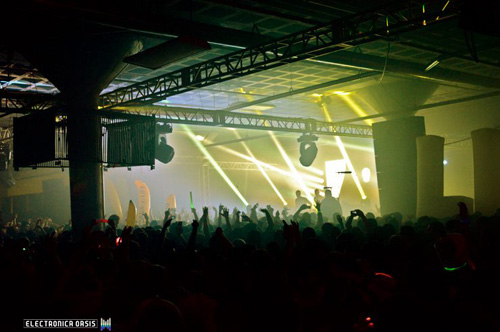 dada life 1 REVIEW: Dada Life @ The Compound