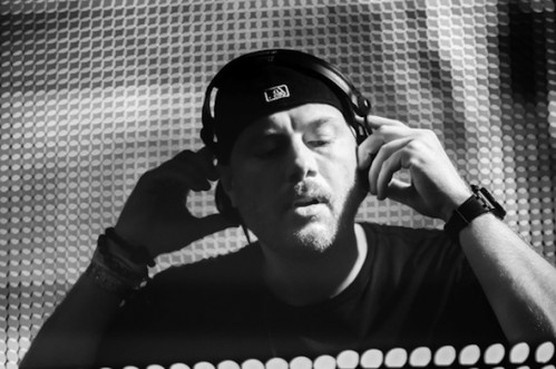 Eric Prydz BBC Radio 1 Essential Mix 222013 e1360105536969 Eric Prydz   Essential Mix 02 02 2013