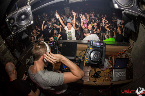 REVIEW: Limitless Music presents Indecent Noise, Greg Downey, Static & Bass @ Sullivan Room 7.12